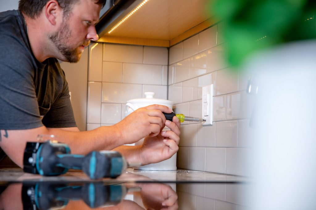 Should You Hire An Electrician or DIY?